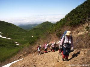斜里岳登山(提供:きよさと観光協会)